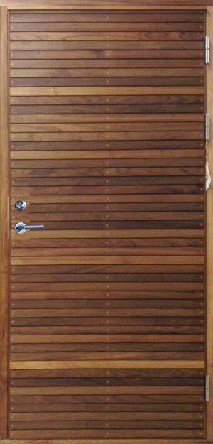 teakdörr med liggande panel