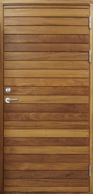 teakdörr med pluggad panel